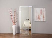 Маятниковые двери в интерьере квартиры: разновидности, преимущества и монтаж